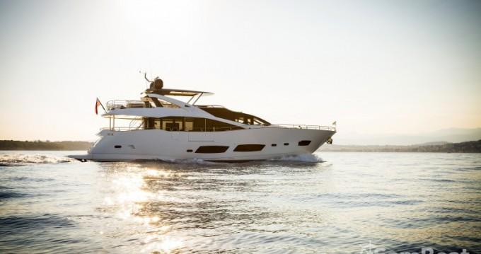 """Location bateau Sunseeker 28.15 metres (92' 4"""") à Saint-Tropez sur Samboat"""
