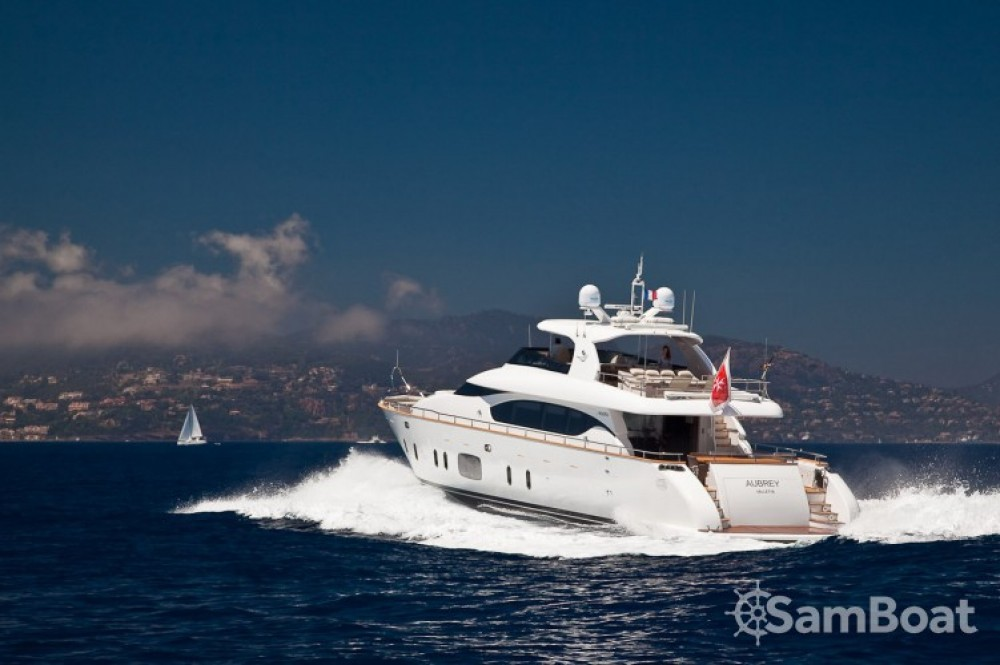 "Boat rental Maiora 28.70 metres (94' 2"") in Cannes on Samboat"