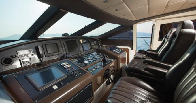 """Location bateau Cannes pas cher 28.06 metres (92' 1"""")"""