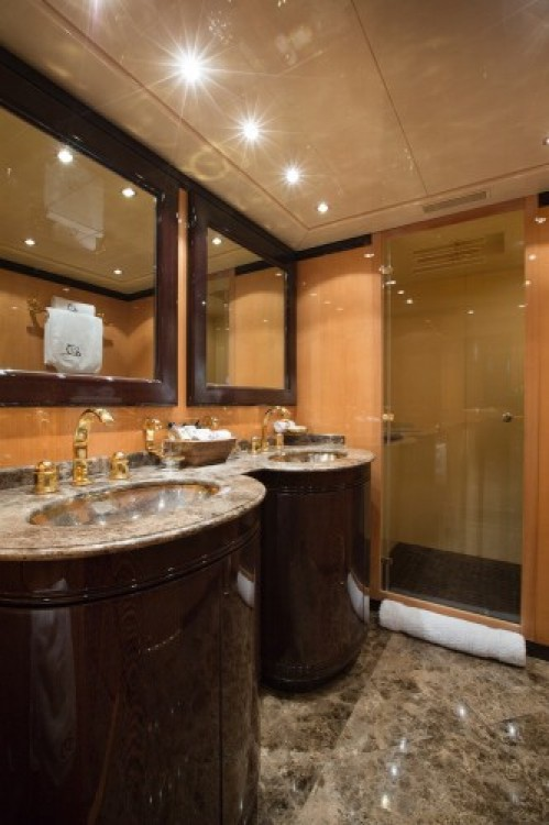"""Boat rental Cannes cheap 28.06 metres (92' 1"""")"""