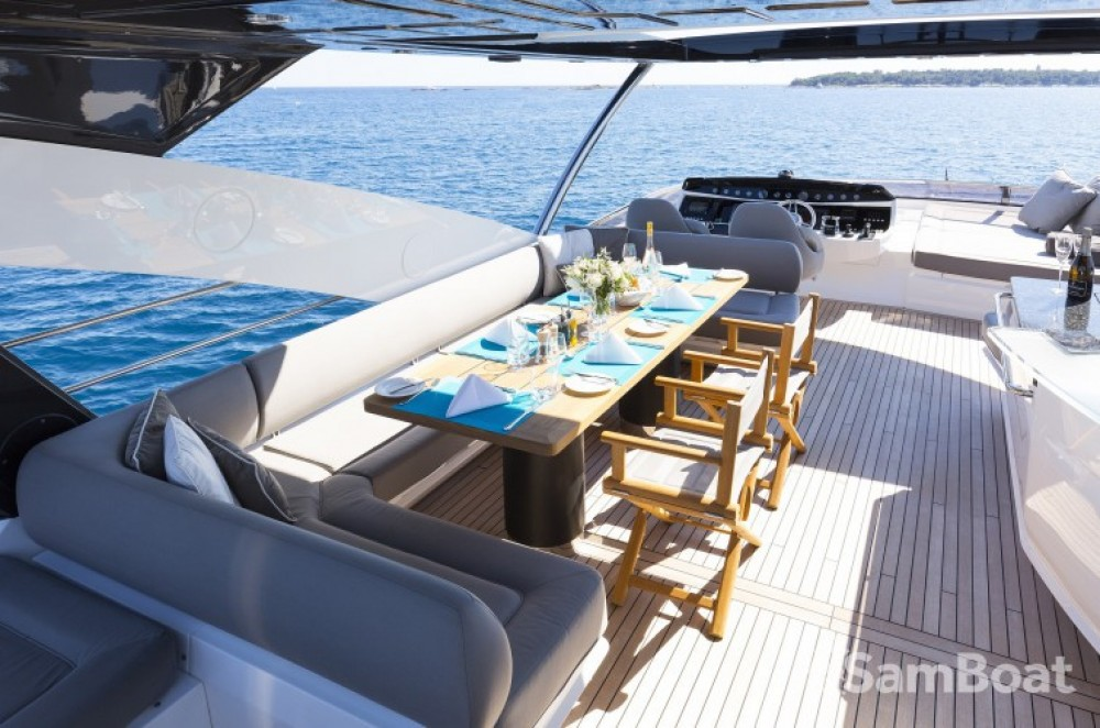 "Rental yacht Saint-Tropez - Sunseeker 28.15 metres (92' 4"") on SamBoat"