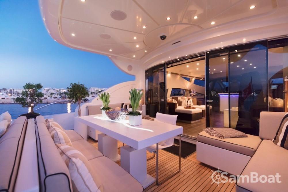 """Alquiler de Andrea-Bacigalupo 34.11 metres (111' 11"""") en Cannes"""