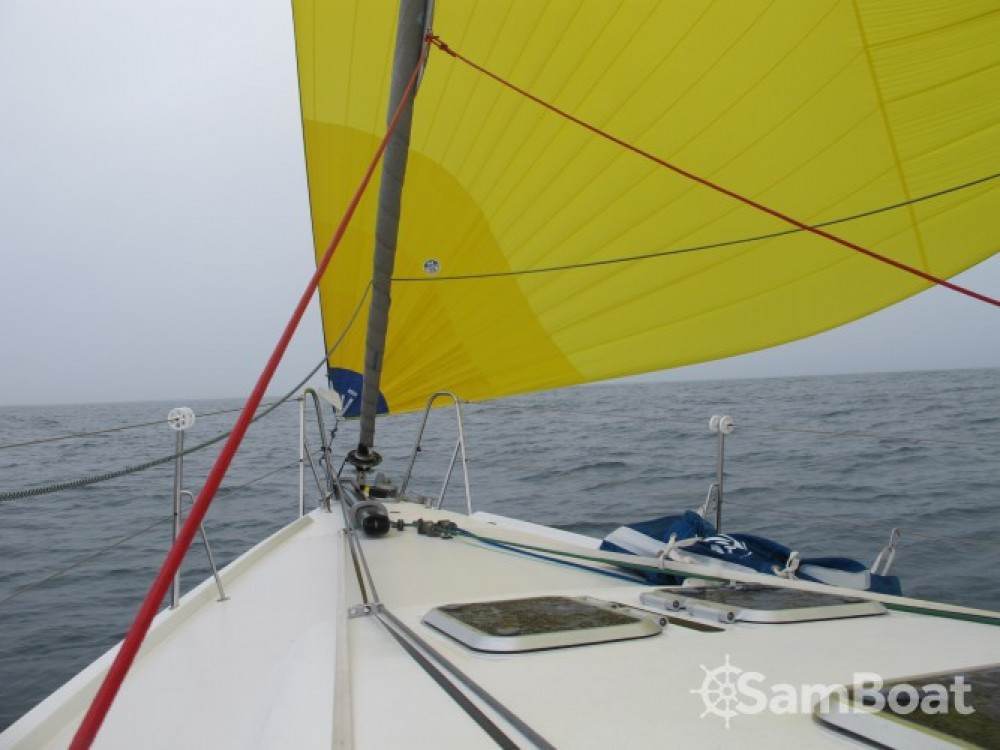 Location bateau Pogo Structures Pogo 12.50 à La Trinité-sur-Mer sur Samboat
