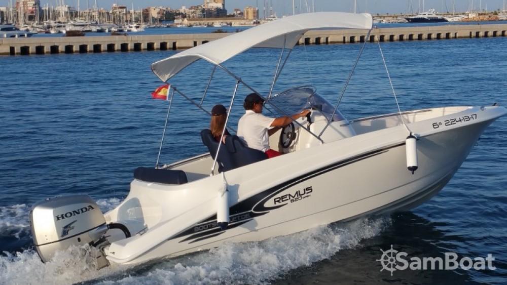 Alquiler de barcos Remus 620 Open enReal Club Náutico en Samboat