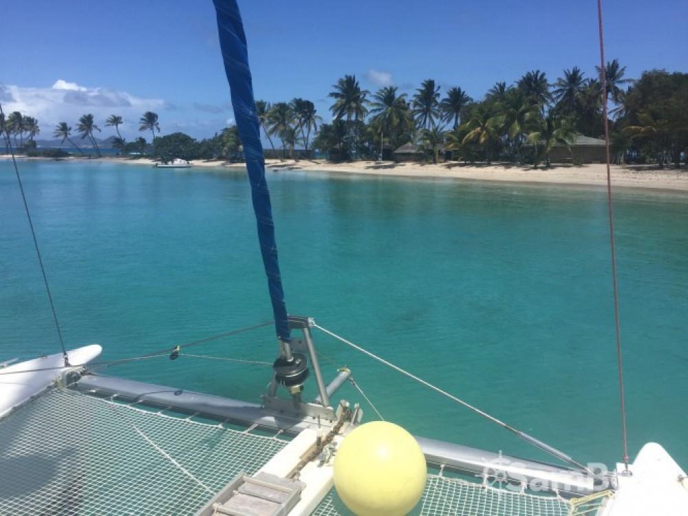 Rent a Lagoon Lagoon 380 Martinique
