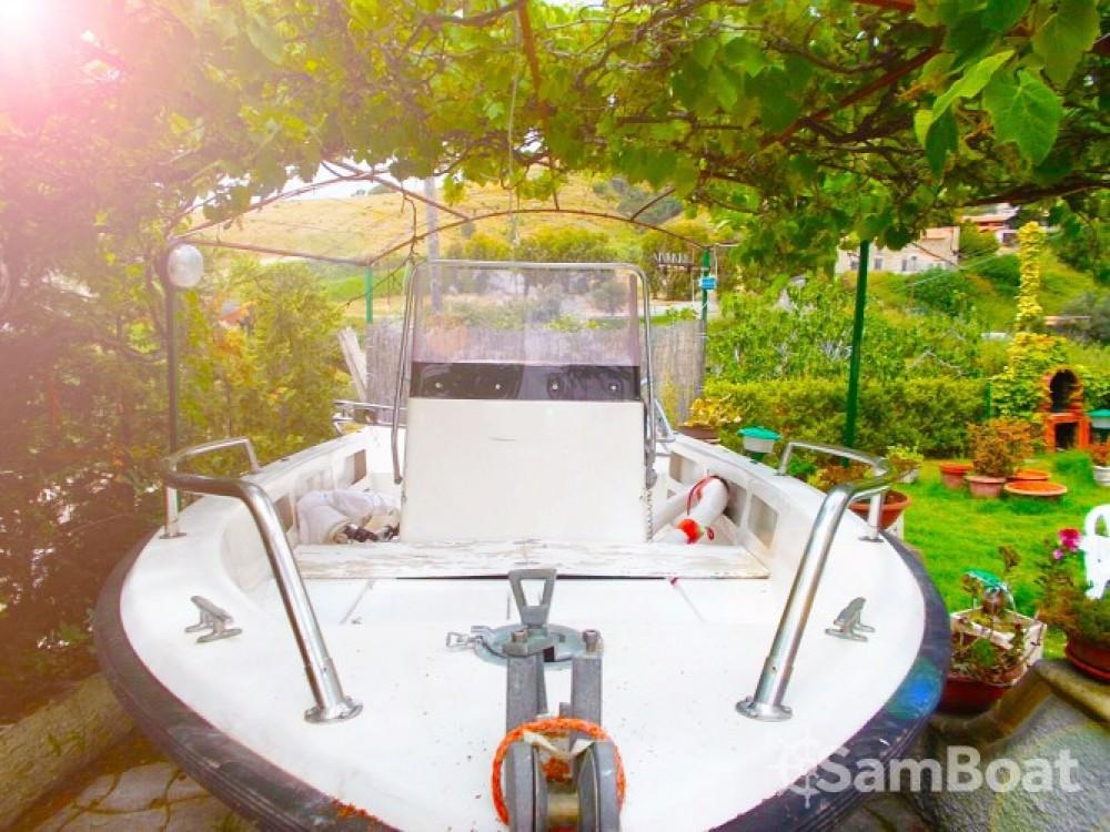 Boat rental Fiart brezza 560 in Scalea on Samboat