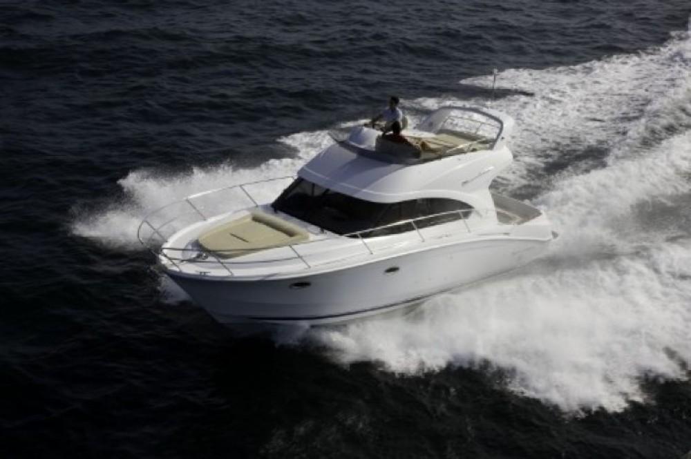 Hire Motor boat with or without skipper Bénéteau Šibenik