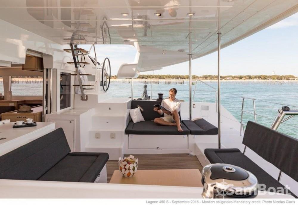 Alquiler de Lagoon Lagoon 450 en Split