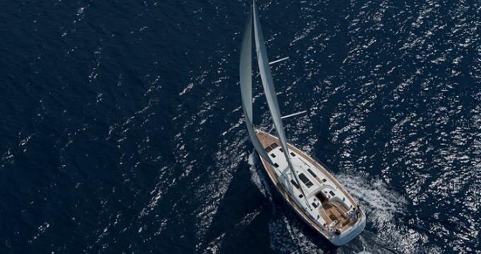 Louer Voilier avec ou sans skipper Bavaria à Lavagna