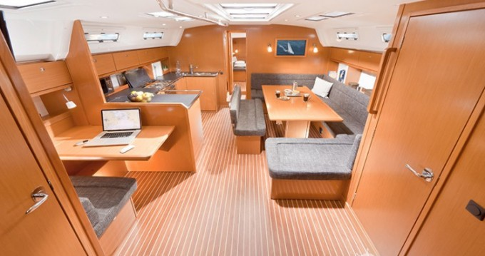 Location bateau Lavagna pas cher Cruiser 50