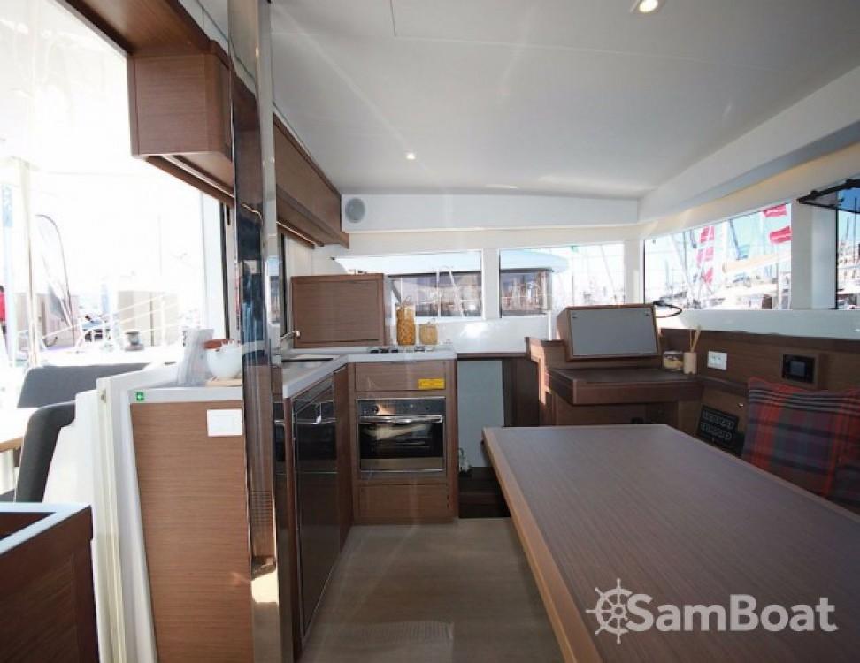 Alquiler de barcos Lagoon Lagoon 40 - 4 + 2 cab  enCroacia en Samboat