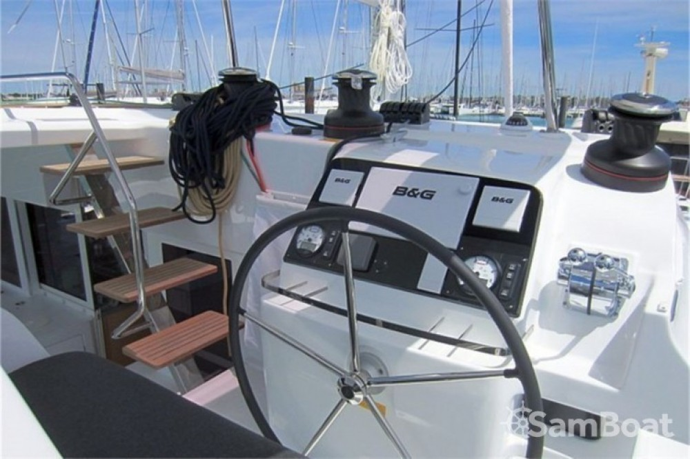Rental Catamaran in Šibenik - Lagoon Lagoon 450