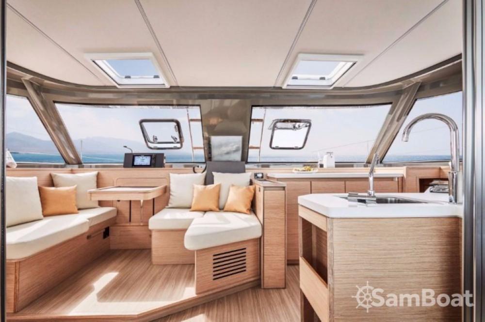 Location bateau Bavaria Nautitech 40 open NEW - 4 + 2 cab. à Leucade sur Samboat