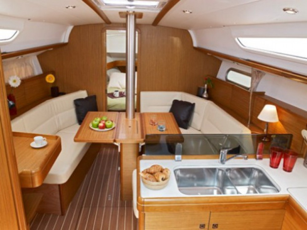 Rental yacht Split - Jeanneau Sun Odyssey 36i on SamBoat