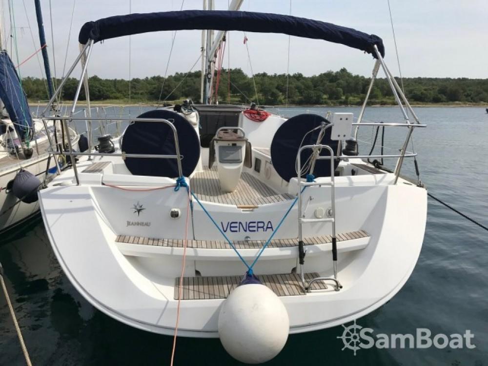Jeanneau Sun Odyssey 42i entre particulares y profesional Croacia