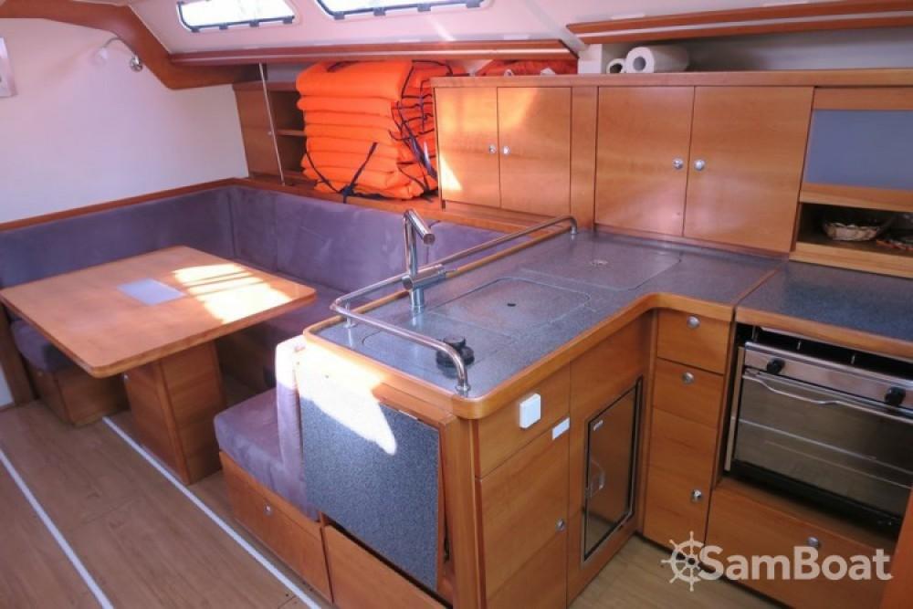 Alquiler de barcos  barato de Hanse 430