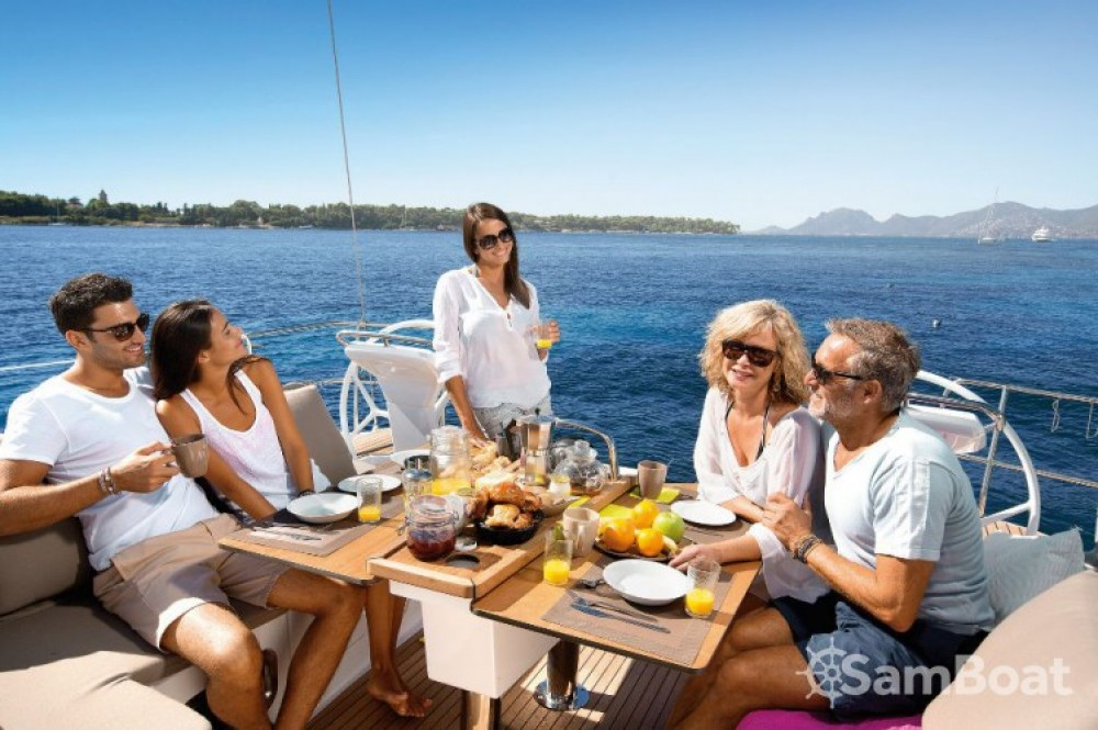 Bavaria Cruiser 46 entre particulares y profesional Croacia