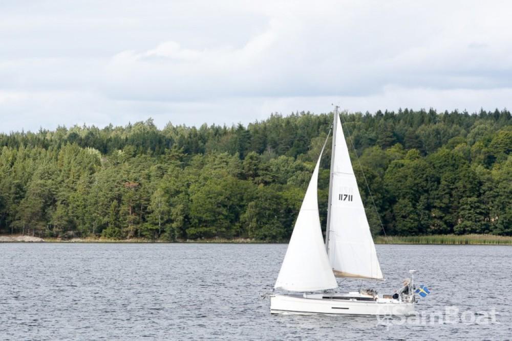 Alquiler de barcos Provincia de Estocolmo barato de Dufour 380 Grand Large
