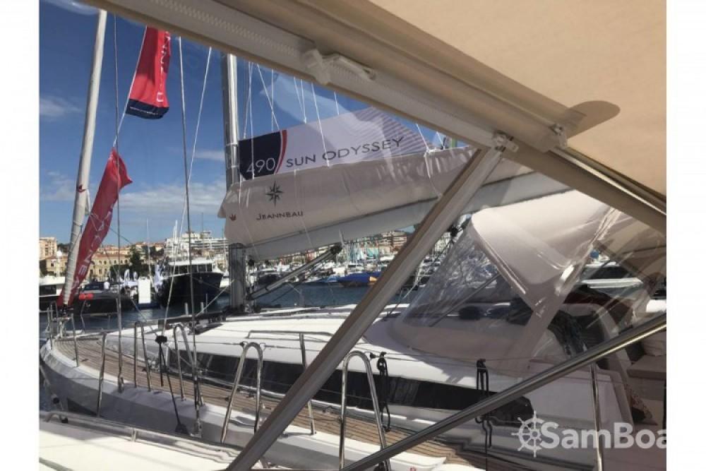 Jeanneau Sun Odyssey 440 entre particulares y profesional Grèce-Centrale