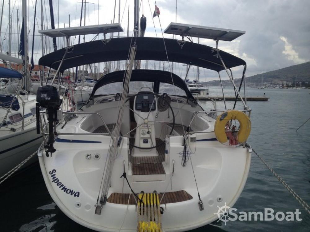 Rent a Bavaria Cruiser 39 Split