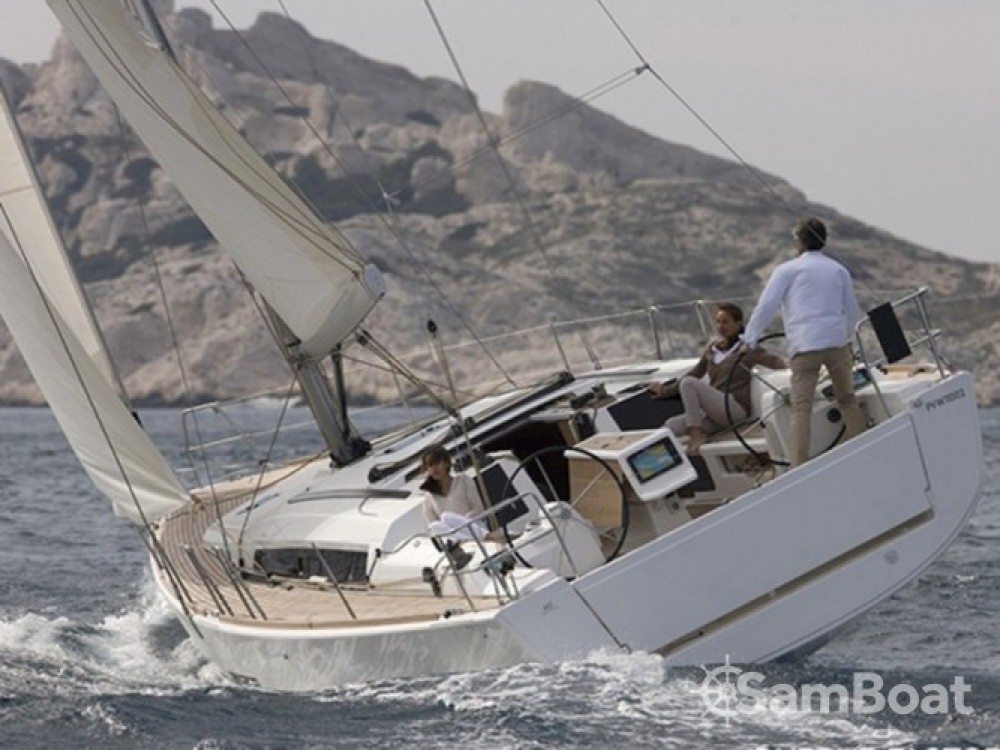 Boat rental Dufour Dufour 412 Grand Large in Croatia on Samboat