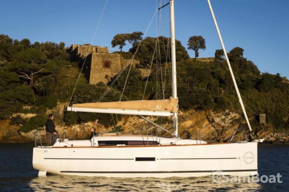 Alquiler de barcos Croacia barato de Dufour 310 Grand Large