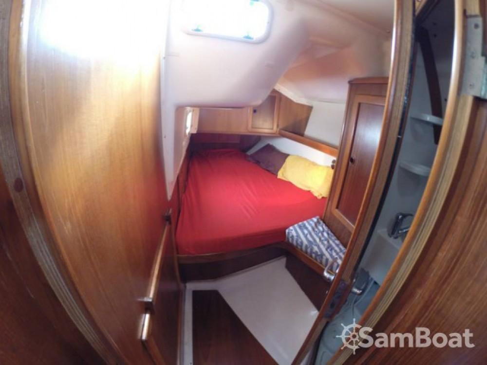 Location bateau Laurion pas cher Atlantic 49