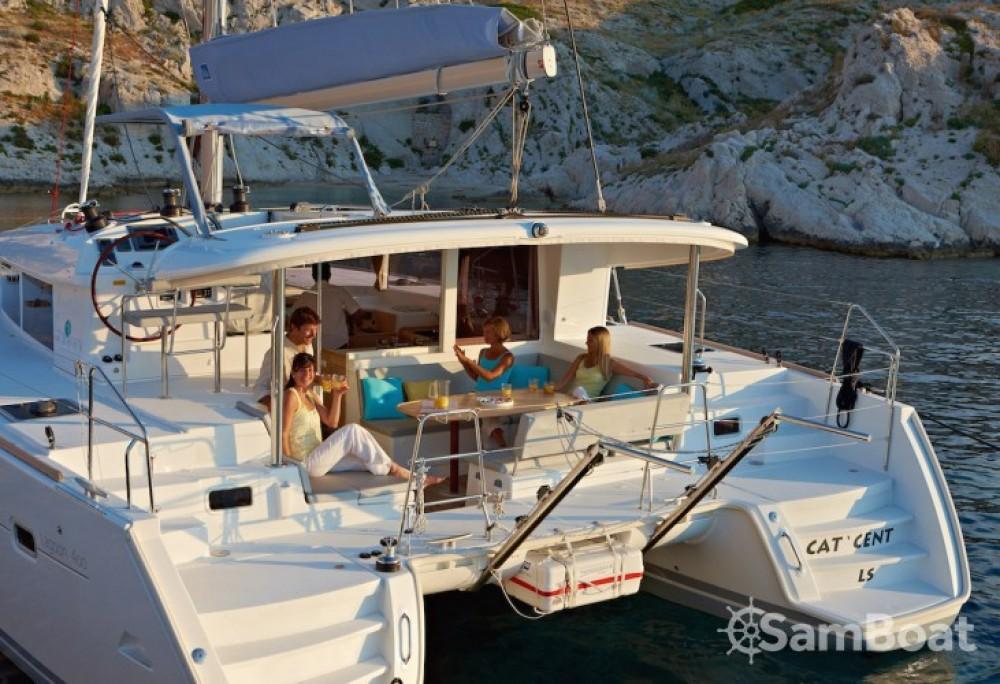 Rent a Lagoon Lagoon 400 S2 Split