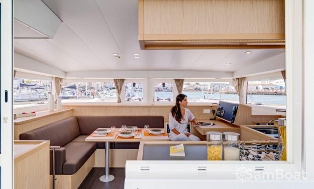 Boat rental Split cheap Lagoon 400 S2