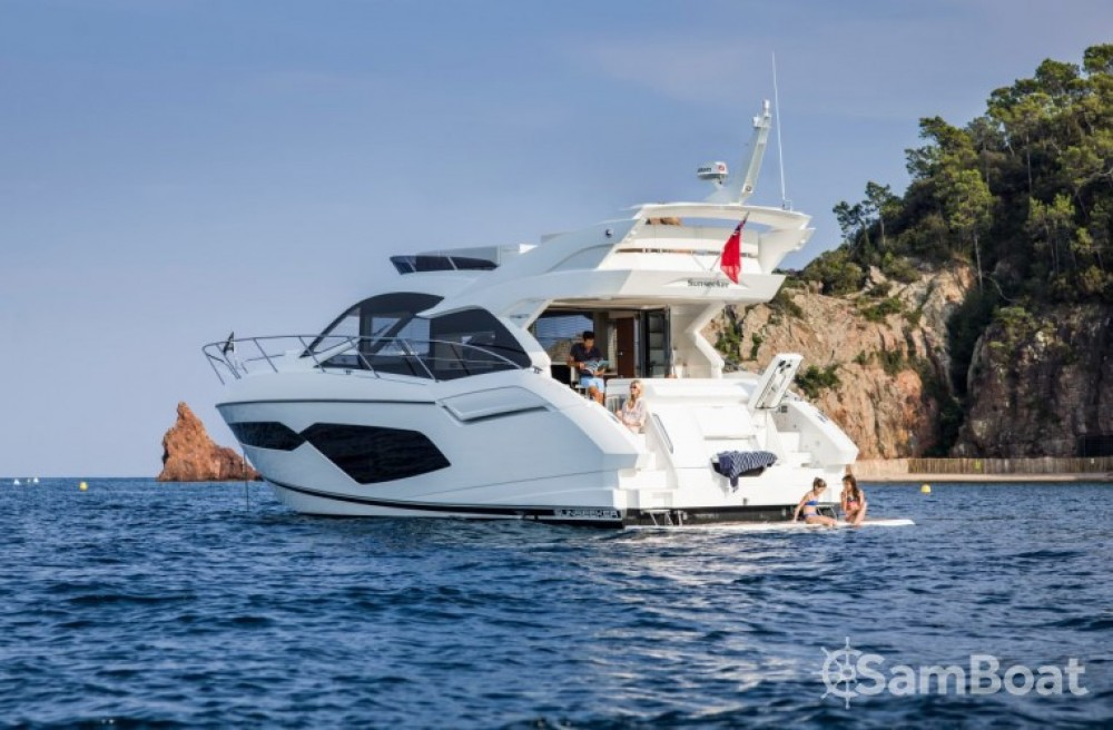 Motor boat for rent Sukošan at the best price