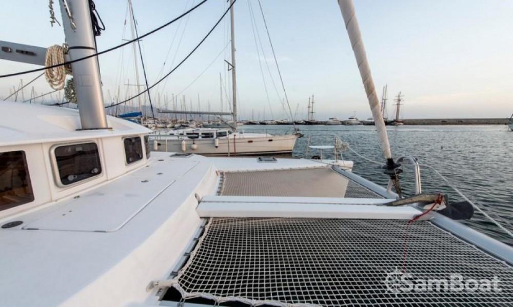 Alquiler de barcos Central Greece barato de Lagoon 380 S2