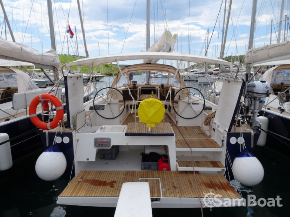 Alquiler de barcos Dufour Dufour Exclusive 56 - 5 + 1 cab. enPrimošten en Samboat