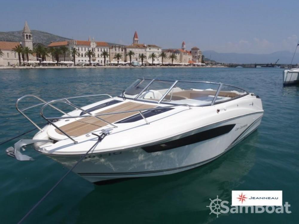 Boat rental Jeanneau Cap Camarat 7.5 DC in Trogir on Samboat