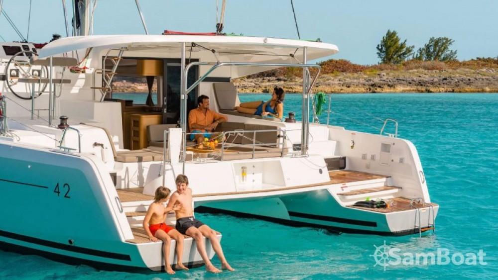 Alquiler de barcos Central Greece barato de Lagoon 42