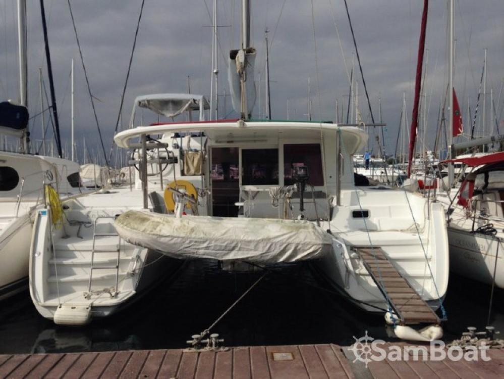 Rental yacht Attica - Lagoon Lagoon 400 on SamBoat