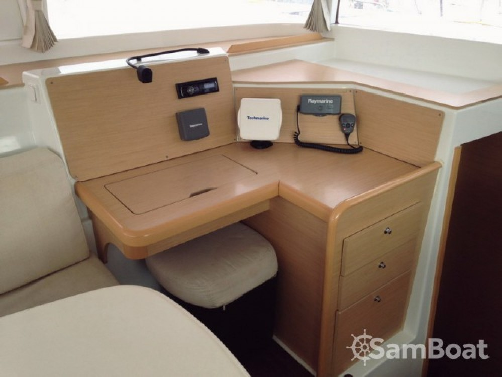 Hire Catamaran with or without skipper Lagoon Attica