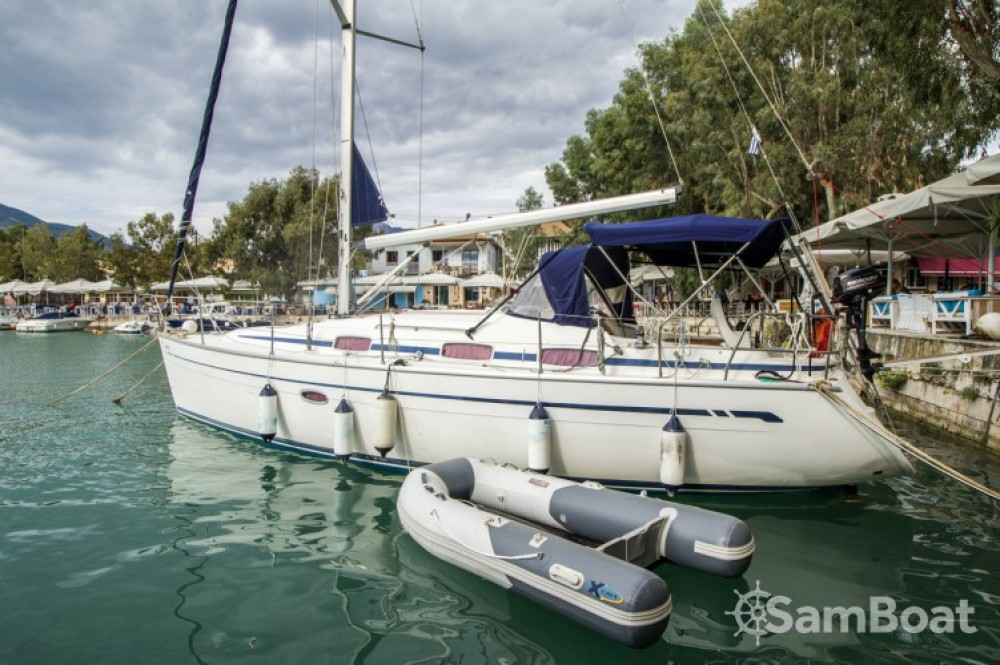 Sailboat for rent Leucade at the best price