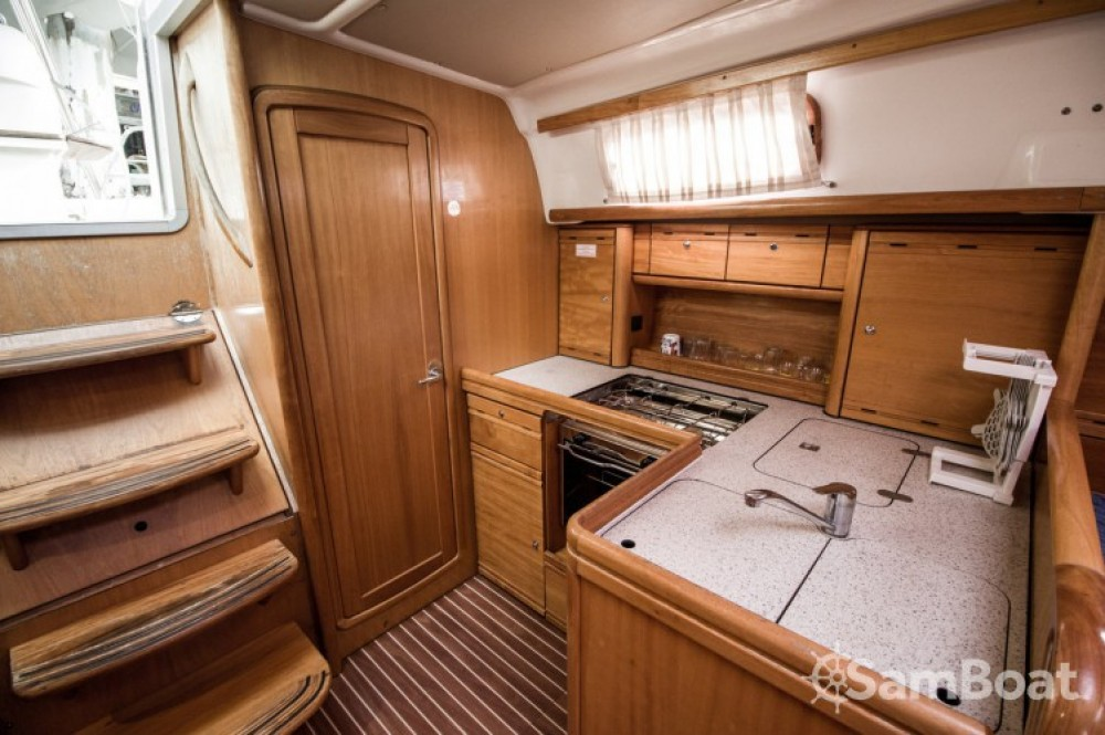 Boat rental Leucade cheap Cruiser 37