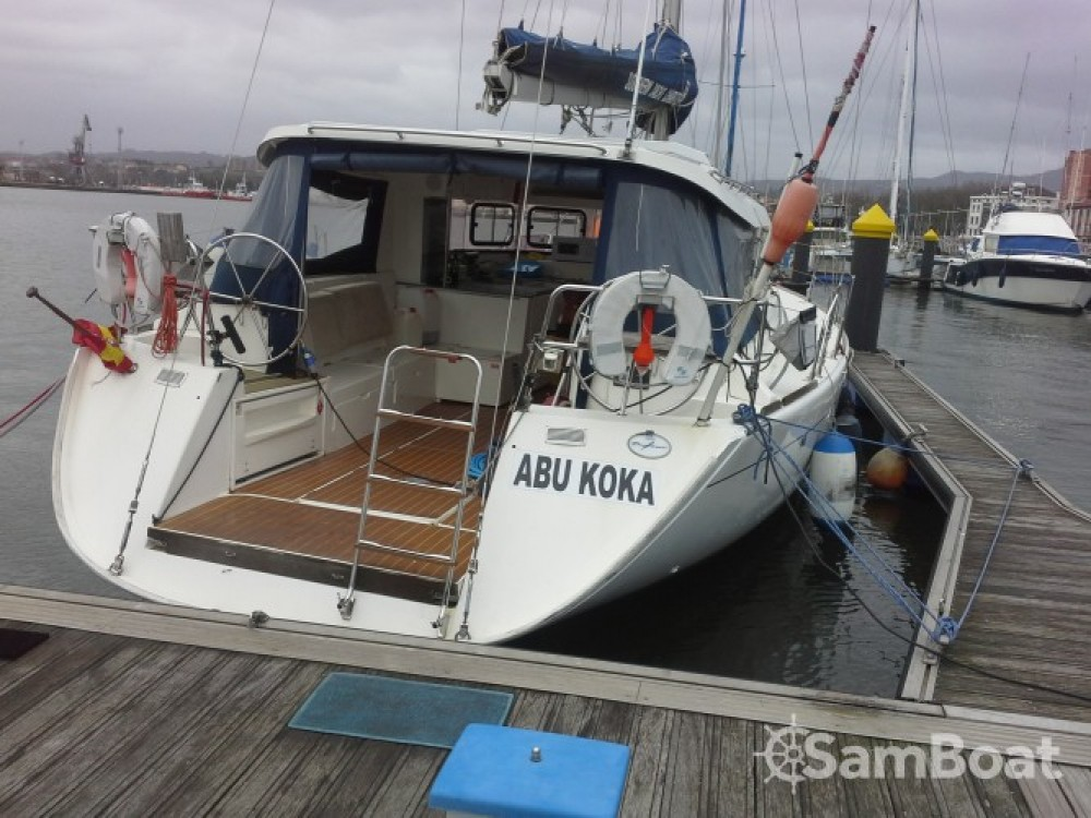 Sailboat for rent la Pobla de Farnals at the best price