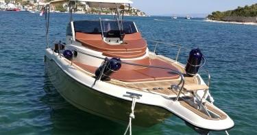 Inmark-Marine Sun Sport 845 entre particuliers et professionnel à Trogir