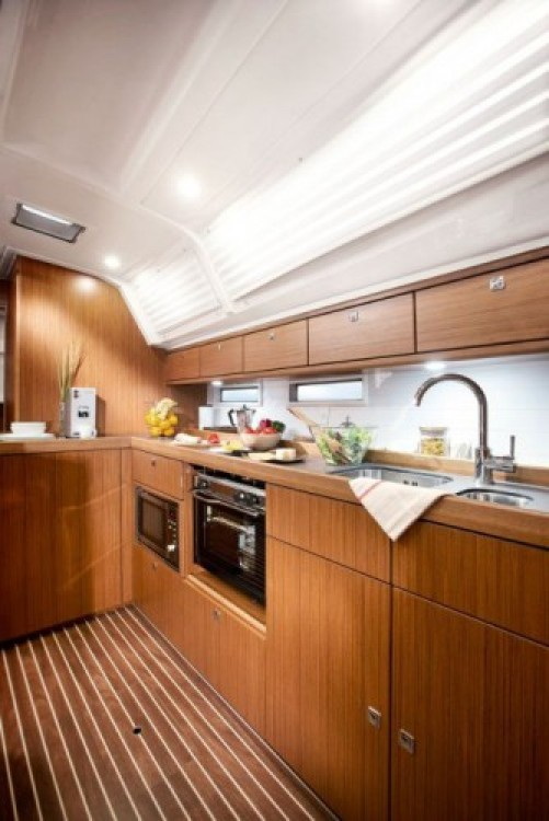 Bavaria Cruiser 46 between personal and professional Corfú