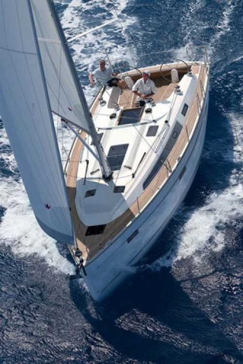 Bavaria Cruiser 41 between personal and professional Corfou