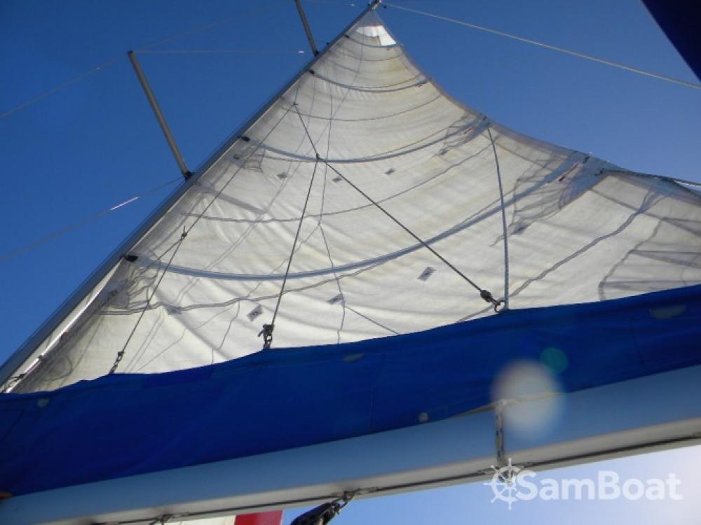 Boat rental Jeanneau Sun Odyssey 35 in Pointe-à-Pitre on Samboat