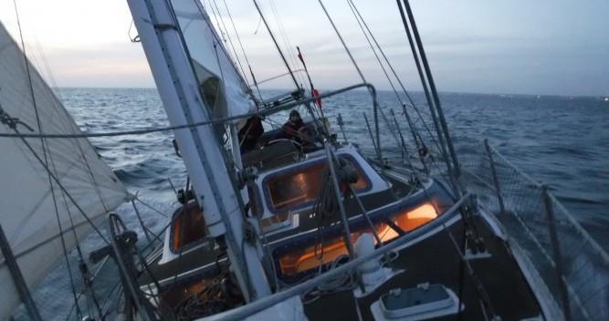 Louez un Amateur Galapagos 43 à Lorient