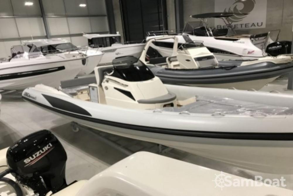 Location bateau Ajaccio pas cher Adrenalina 8.5
