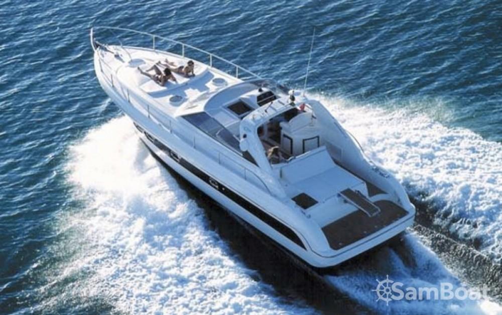 Location Bateau à moteur à Cannes - Gianetti 45 Sport