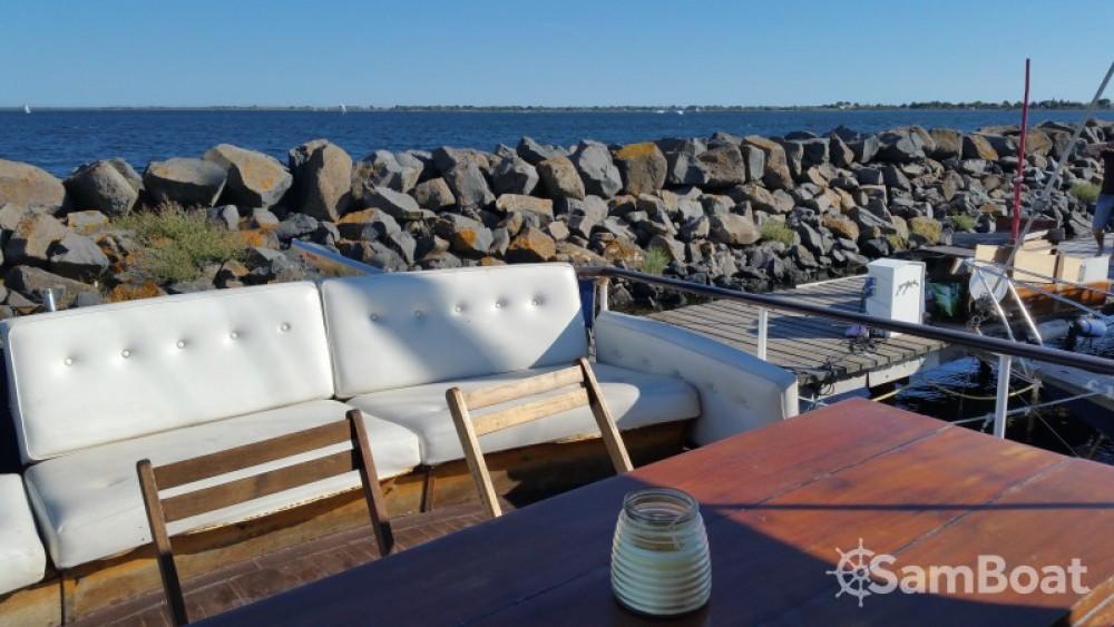 Rental yacht Marseillan - Super-Van-Craft Cabinier on SamBoat