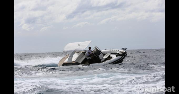Wimbi Boats W7i entre particuliers et professionnel à Port Grimaud