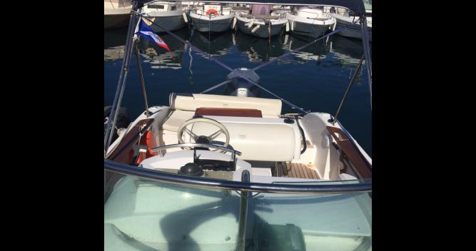 Sessa Marine Key Largo 22 Deck entre particuliers et professionnel à Marseille