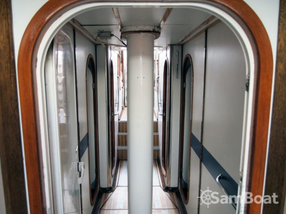 Devonport-Yachts-Ltd Challenge 67 entre particuliers et professionnel à Lorient